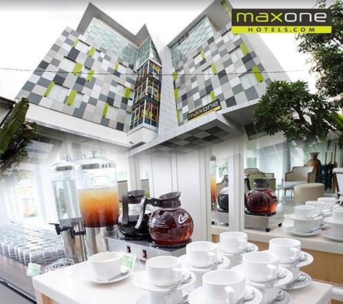 Paket Makan dari MaxOne Hotel Glodok 02