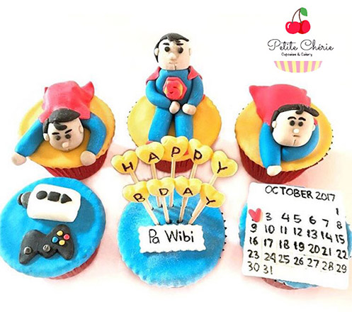 2D and 3D Custom Cupcake from Petite Cherie Cakery 02