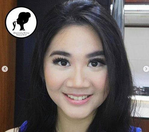 Paket Make up dan Make up Class dari DivineMUA