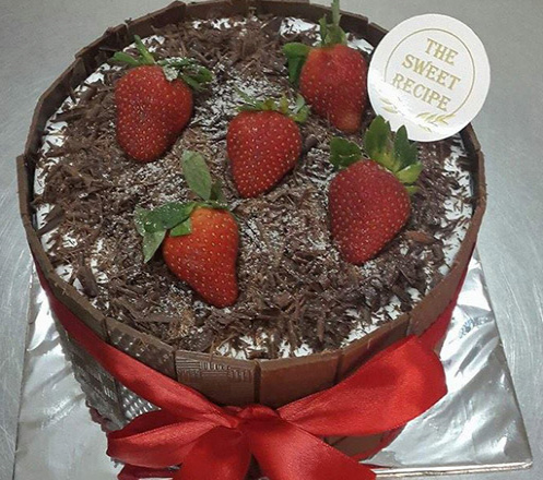 Whole Round Cake 20cm from The Sweet Recipe 02
