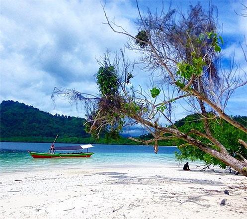 Paket 3D2N Tour to Pahawang Island