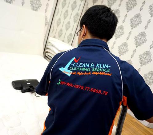 Paket Pembersihan Kasur dari Clean & Klin