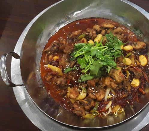Shabu - Shabu Ikan atau Ayam dari Fu Man Chinese Resto