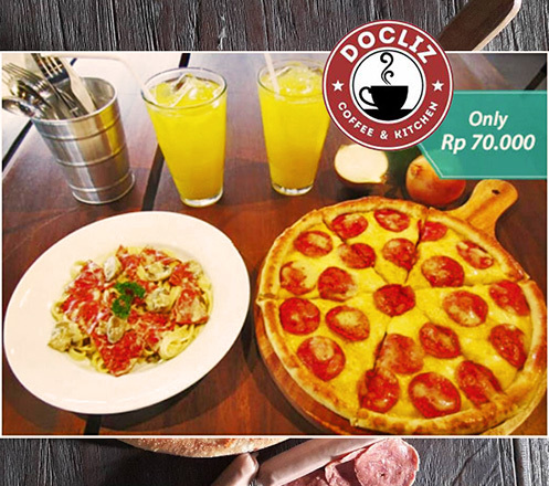 Regular Pizza + Fettucine Beef + 2 Orange Juice @ Docliz Coffee