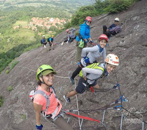 One Day Trip Via Veratta Gunung Parang Purwakarta