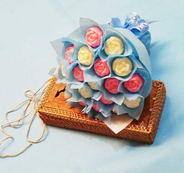 Romantic Chocolate Bouquet from House of Niswa